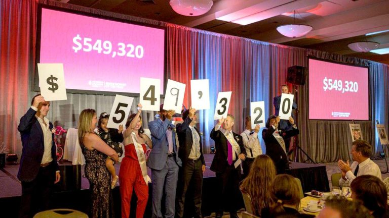 Fund-raisers show amount near $550,000 they raised in 10-week drive.
