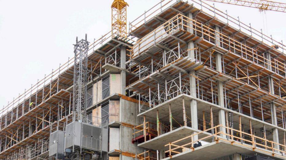 Der Rat der Stadt OKs Low-Income-Housing Voraussetzung für die Neue Entwicklung