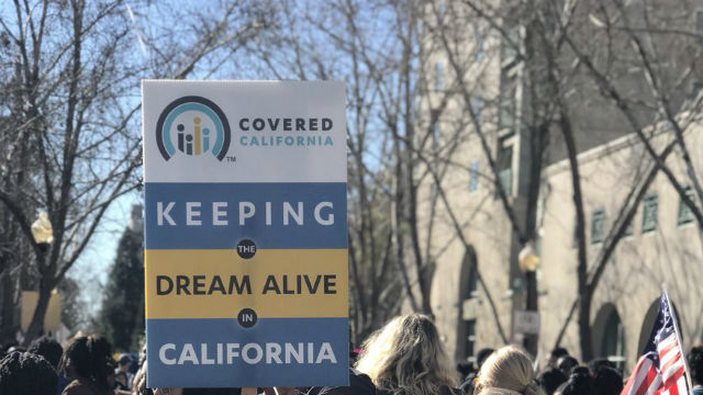 Covered California sign