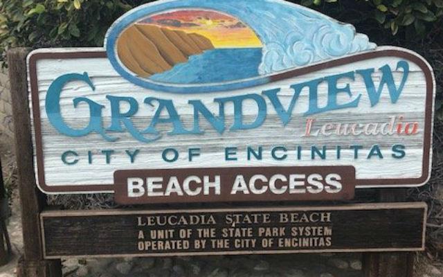 Entrance sign at Grandview Surf Beach