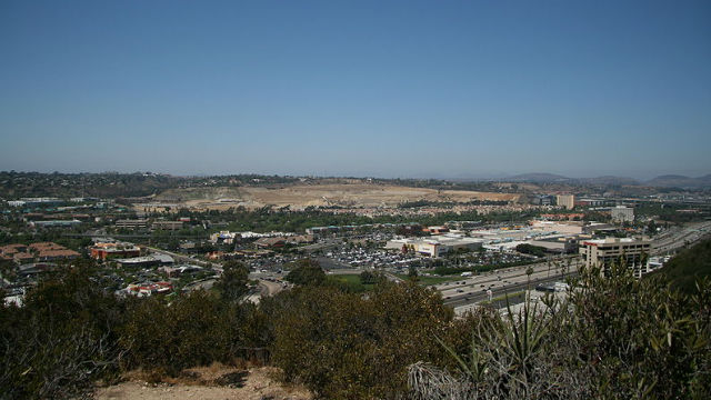 Dewan kota dengan suara Bulat Menyetujui Rencana Kenaikan Mission Valley adalah Perumahan dengan 28.000 Unit