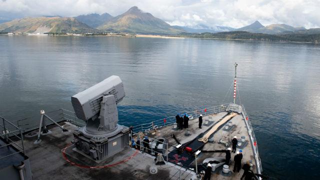 USS Comstock arrives in Kodiak