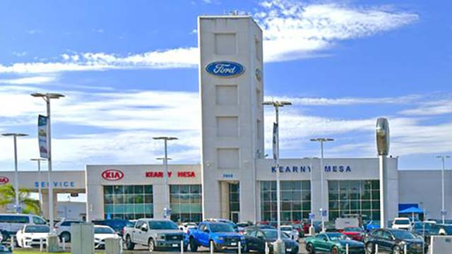 San Diego Ford Dealers >> Thief Crashes Truck Through Fence At Kearny Mesa Ford