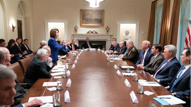 Nancy Pelosi confronts President Trump