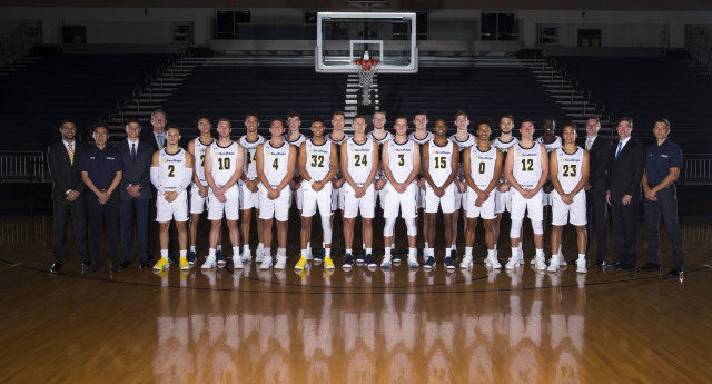 Ucsd Men S Hoops 5th In Dii Rankings Hits Road To Start