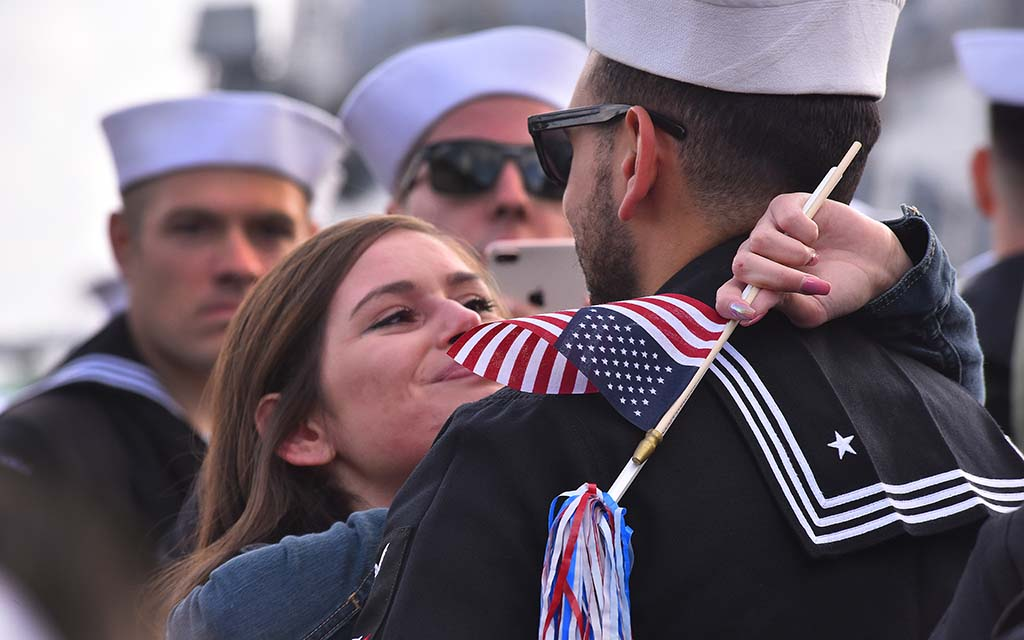 The more than 1,000 sailors and Marines were welcomed home just before Thanksgiving.