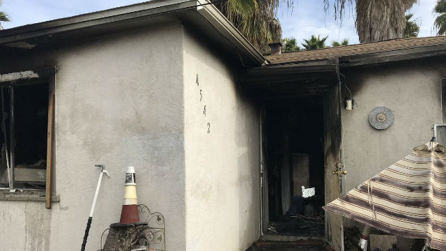 Apartment that burned in Mountain View