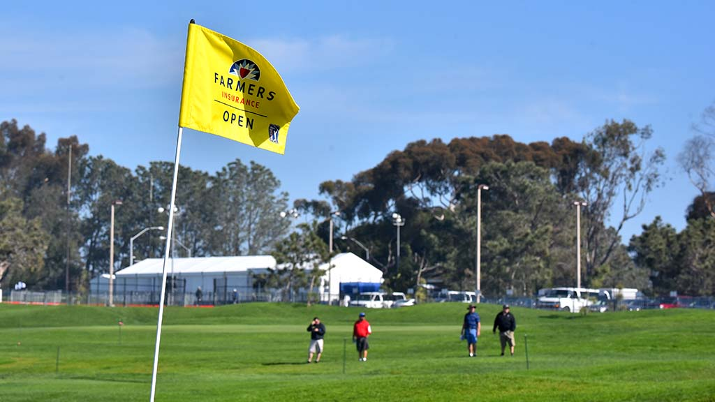 The Farmers Insurance Open started with two tee times on each course at Torrey Pines Golf Course.