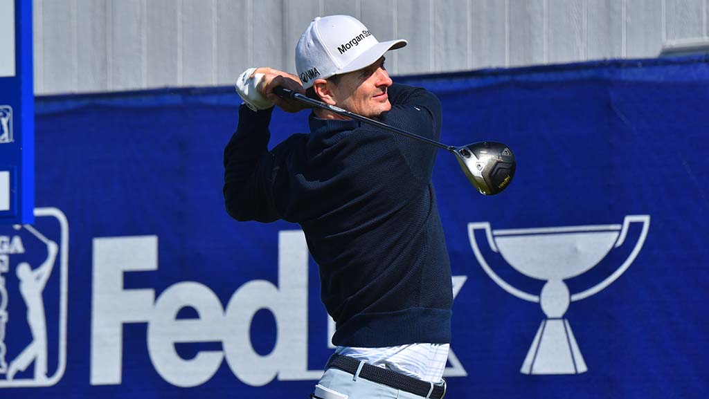 Justin Rose, last year's champion, tees off on Hole 9 of the south course at the Farmers Insurance Open.