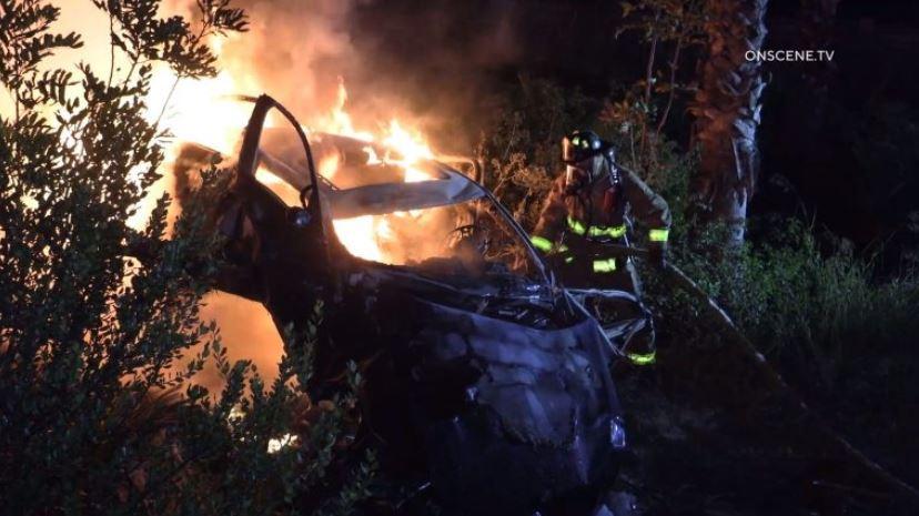 になり、15歳の男の子たちは金型が加速BMW衝突や火傷にミッションバレー