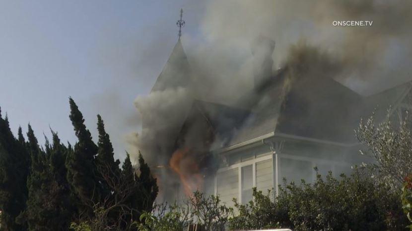 Φωτιά Εκτενώς Ζημιές Ιστορικό του 19ου Αιώνα Σπίτι σας σε Chula Vista
