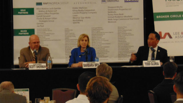 Mayoral candidates at NAIOP forum