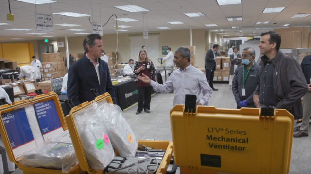 Gov. Gavin Newsom tours Bloom Energy plant