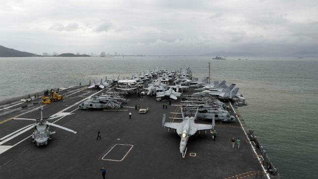 USS Theodore Roosevelt approaches Da Nang