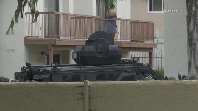 Θύμα που Πεθαίνει, SWAT Ομάδα Συλλήψεις Ύποπτος σε San Ysidro Αναμέτρηση
