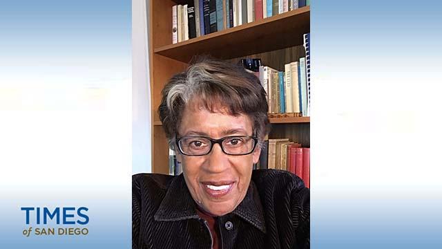 Constance Carroll di Rumah: SDCCD Kanselir Memakan waktu Lama Berjalan tapi Membesarkan