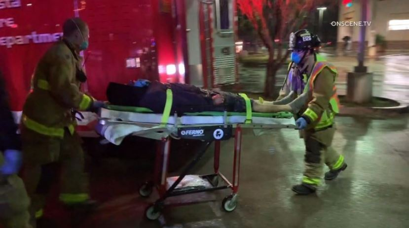 Der 59-Jährige Fußgänger Schlug, Schwer Verletzt an der Kreuzung in Vista