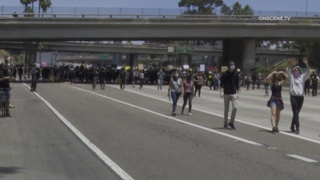 Marchers on Interstate 5