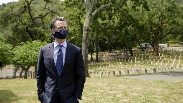 Gavin Newsom in a face mask