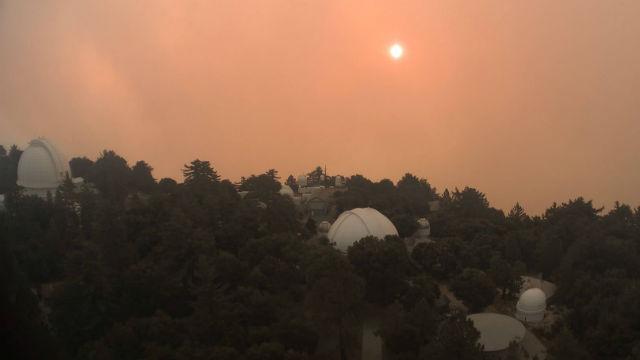 Flames approach Mt. Wilson