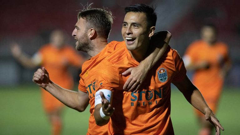 """Loyal midfielder Rubio Rubin's """"hat trick"""" kept the soccer club's playoff hopes alive with three goals in Phoenix."""