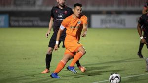 """Loyal midfielder Rubio Rubin's """"hat trick"""" kept the soccer club's playoff hopes alive with three goals in Phoenix"""