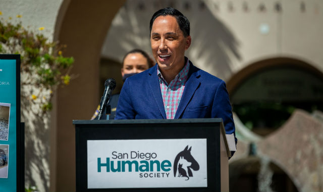 Todd Gloria speaks at the Humane Society