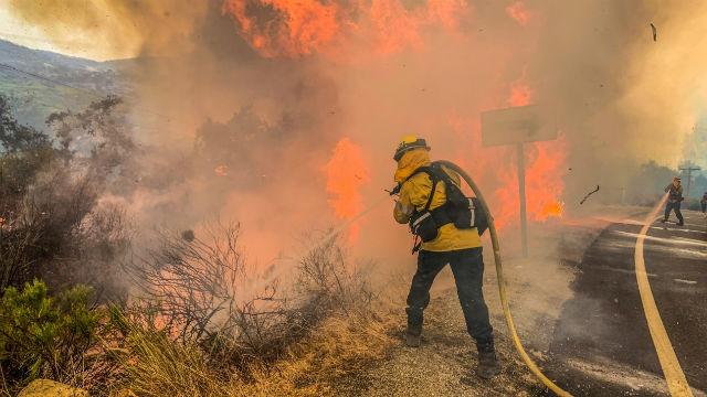 Firefighters battle Valley Fire