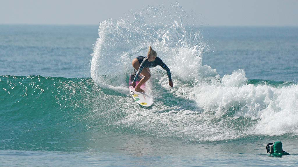 Tatiana Weston-Webb from Brazil finished in second place in the finals of the first day of competition in the Nissan Super Girl Surf Pro.