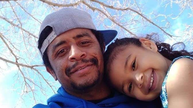 Photo of Mychael Farve with his daughter was posted on GoFundMe page.