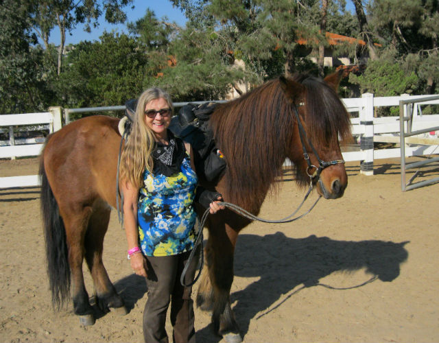 Kimberly Best with an Icelandic horse